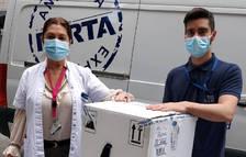 Les 5.850 vacunes de Pfizer provinents d'Espanya ja són al país