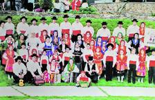 Un centenar de persones integraven el Grup de Folklore Casa de Portugal en el naixement, el maig del 1996.