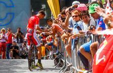 Aficionats durant l'última visita del Tour de França al Principat l'any 2016.