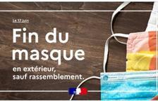Castex ha anunciat el final de l'obligació de portar mascareta a l'exterior