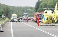 Tragèdia a la carretera amb dos morts i una ferida en estat crític