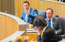 Jordi Gallado, Xavier Espot i Carles Enseñat durant una sessió del Consell General.
