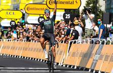 Nils Politt s'endú l'etapa i Pogacar segueix de groc