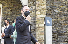 El Govern s'allibera de la clàusula d'adquisició del laboratori