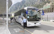 La línia Direct Bus a Barcelona torna a recuperar les vuit freqüències diàries