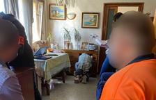 Escorcoll de la policia a la casa del detingut
