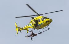 L'helicòpter va traslladar la víctima a l'hospital.