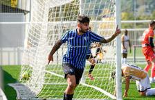 Gerard Artigas celebra l'1-0 de l'Inter.
