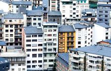 Blocs de pisos al centre d'Andorra la Vella.