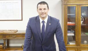 El ministre Gallardo al seu despatx de l'edifici del Prat del Rull.