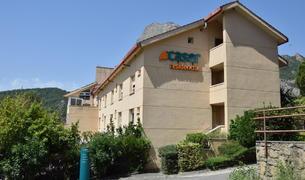 Residència Caser a Oliana.