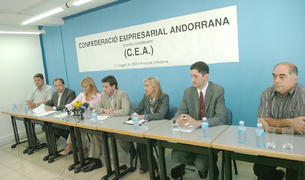 Alguns dels empresaris fundacionals, entre els quals hi ha Joan Tomàs, Conxita Mora, Xavier Altimir i Montserrat Cardelús.