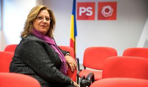 La consellera Dolors Carmona a la seu del Partit Socialdemòcrata.
