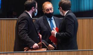 El líder de terceravia, Josep Pintat, i els consellers del PS Carles Sánchez i Roger Padreny.