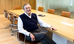El president de Vall Banc, Richard Carrión, ahir a la seu central de l'entitat.