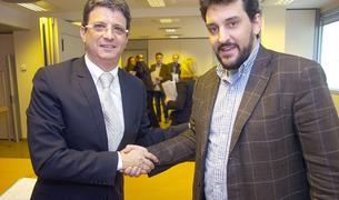 Xavier Palou i Àlex Armengol en l'assemblea que es va culminar la fusió.