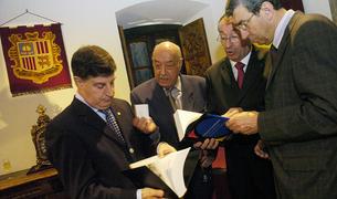 un moment de la presentació dels dos volums, l'octubre del 2006 a Casa de la Vall