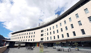 L'hospital durant el confinament dur del 2020, bolcat en la Covid.