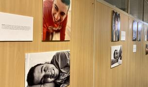 L'exposició es pot veure al vestíbul de l'UdA