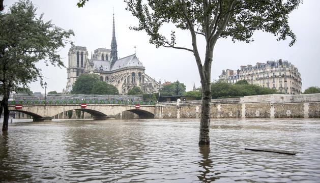 París, en alerta taronja per la crescuda del Sena