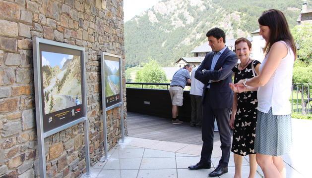 Els cònsols i l'ambaixadora francesa han visitat avui la mostra.
