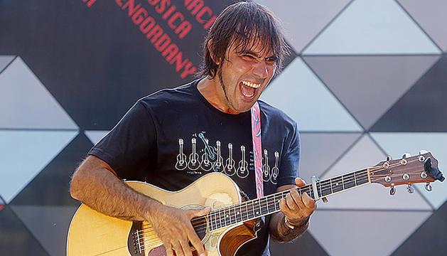 El cantant reusenc establert a Andorra, al concert del Colors de música de l'agost.