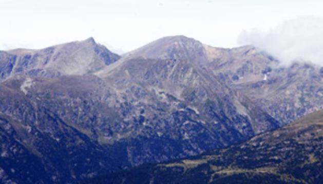 9. El paisatge de muntanya, especialment el d'Andorra, no pot estar allunyat de mi gaire temps.