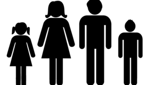 1. La família, evidentment, és imprescindible. El meu marit i els meus dos fills són clau.