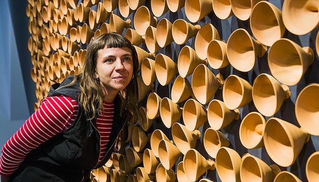 Els bols d'Ariza, boques que emeten murmuris, s'enfilaran per les parets del Palazzo Ca'Capello Memmo.