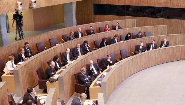 Els consellers generals durant la darrera sessió que va celebrar el Consell.