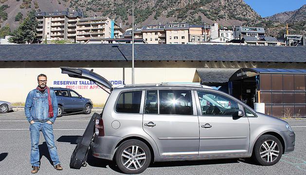 el Volkswagen Touran li va bé tant per anar de concert com per als viatges familiars.