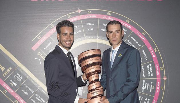 Fabio Aru i Vincenzo Nibali, a la presentació del Giro.