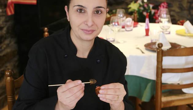 Sandra Navarrete és cuinera al restaurant Borda Casa Vella Palés