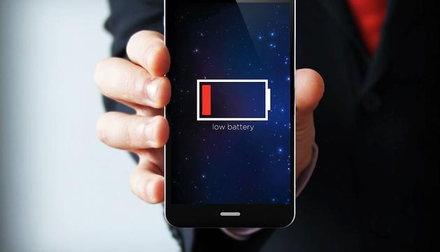 Convé no sotmetre el mòbil a altes temperatures per allargar la vida útil de la bateria.