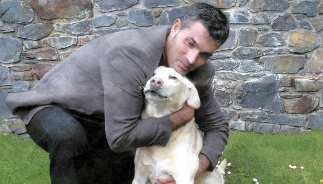 4. La foto del meu estimat Golden Retreiver 'Simba'. Vam tenir una relació especial i aquí va començar l'amor pels animals.