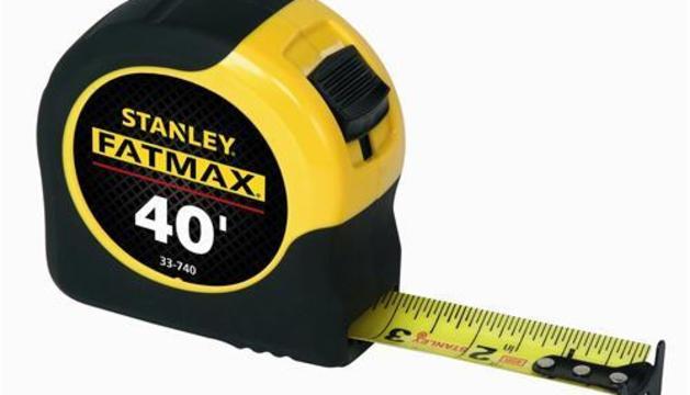 10. Per feina sempre duc un metre de mesurar.