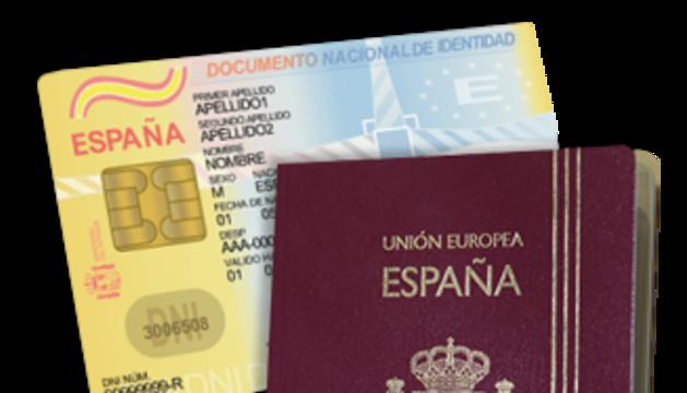 8. El DNI i el passaport: soc força despistat i algun cop he perdut el DNI... i em cal per viatjar!