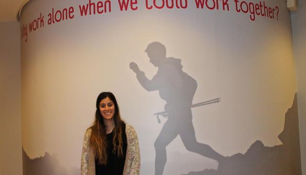La Cristina Rodrigues, a la seu del Coworking.