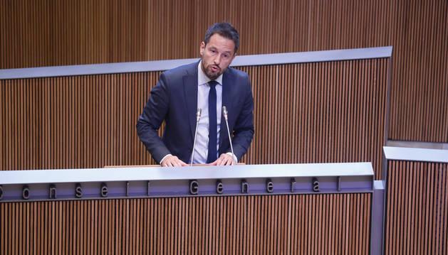Pere López, president del grup mixt, durant una intervenció al Consell General.
