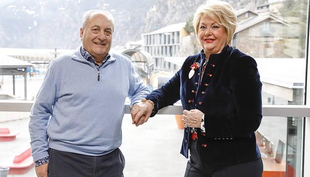 El Lluís Pons i la Duli Vegas celebren aquest 3 de juliol les noces d'or. Es van casar a Castro Urdiales, d'on és ella, i des de fa uns anys viuen al país.