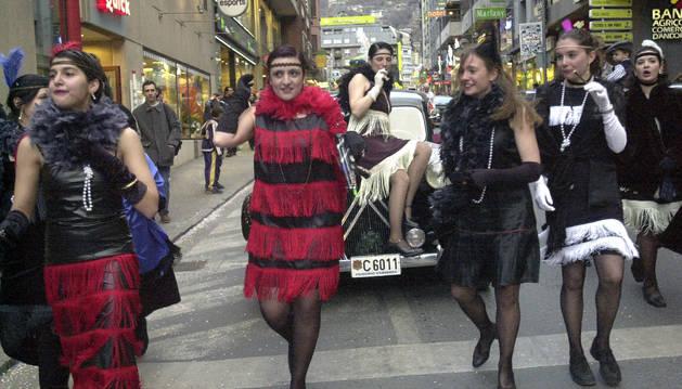 Participants de la primera rua conjunta d'Andorra la Vella i Escaldes-Engordany.