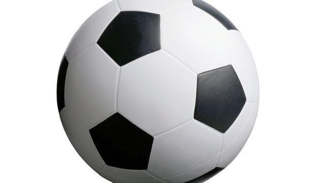 7. M'agrada moltíssim el futbol, per veure'l, però no el practico.