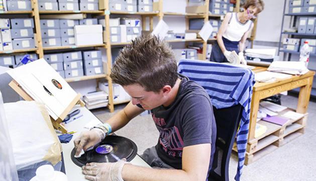 Continua el treball dels discos de Radio Andorra