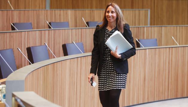 La consellera Sílvia Bonet al Consell General.