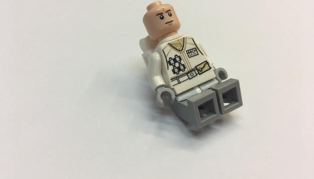 9. Amb 3 fills sempre m'apareix algun Lego i/o trasto similar a les jaquetes. I quan no trobo res a la butxaca, és com si em faltés alguna cosa.