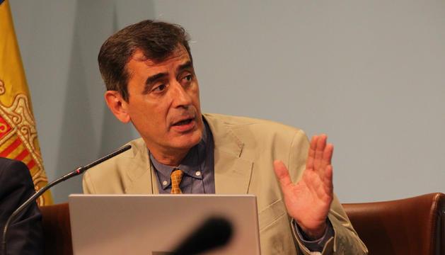 El coordinador del departament d'Estadística, Enric Ripoll, durant la roda de premsa posterior al consell de ministres.