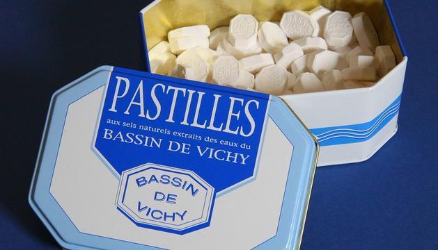 Les pastilles de Vichy són un dels productes fets amb aquesta aigua que es demanen més a les farmàcies d'Andorra.