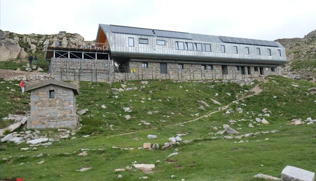 El nou refugi de l'Illa, situat gairebé a 2.500 metres d'altitud.