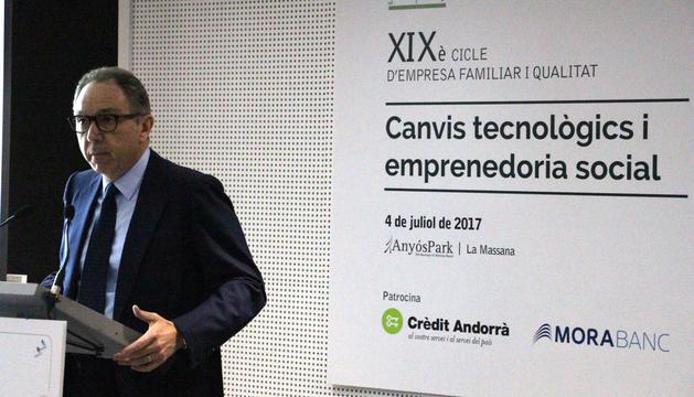 El president d'EFA, Frances Mora, ha fet l'obertura del cicle.