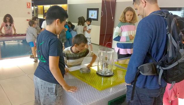 Uns 800 escolars han vist el Museu de l'Electricitat